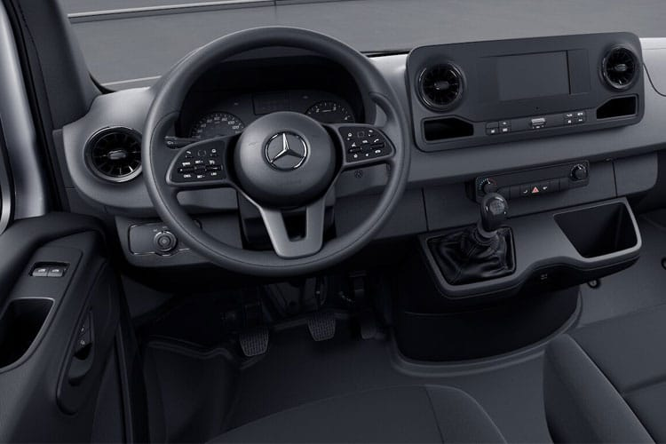 Mercedes-Benz Sprinter 319 L3 3.5t 3.0 CDi V6 RWD 190PS  Dropside Double Cab G-Tronic+ inside view