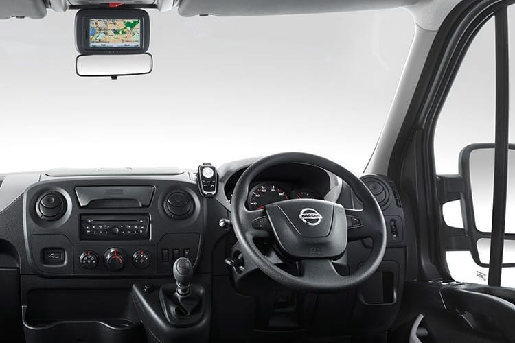 Nissan NV400 L2 35 FWD 2.3 dCi FWD 130PS SE Chassis Cab Manual inside view